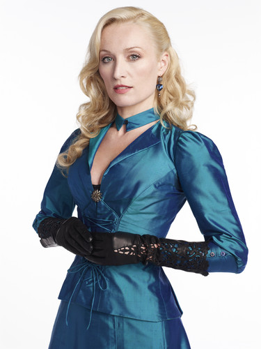Dracula NBC fondo de pantalla probably containing a hip boot, a shirtwaist, and a well dressed person entitled Victoria Smurfit as Lady Jane
