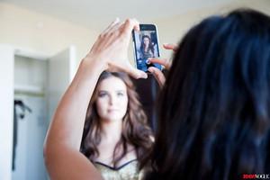 Zoey Deutch getting ready for mtv VMAs