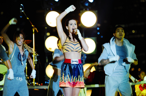 katy perry vmas 2013 performance (roar)