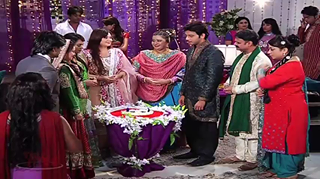 Qubool Hai wallpaper titled najma engagment