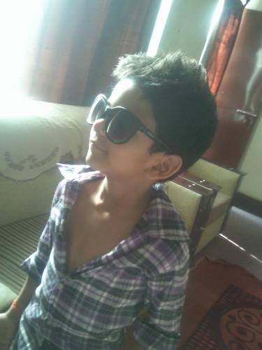 आलिया भट्ट वॉलपेपर containing sunglasses called safia