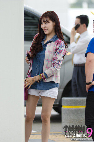 130913 SNSD @ Incheon Airport