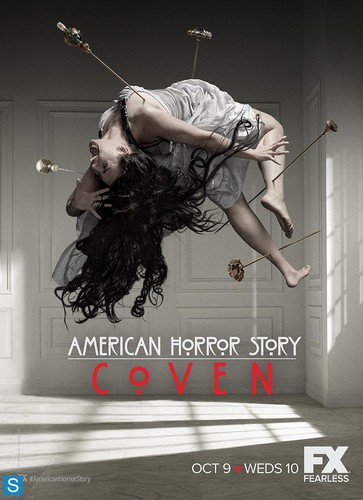American Horror Story karatasi la kupamba ukuta probably with a portrait entitled American Horror Story - Season 3 - Promotional Posters