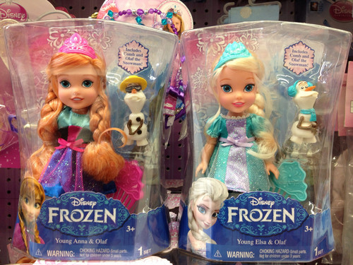 Frozen wallpaper probably containing a canned meat titled Anna and Elsa Dolls