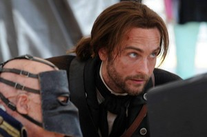 "Behind the Scenes mga litrato from Sleepy Hollow- ""Pilot"""