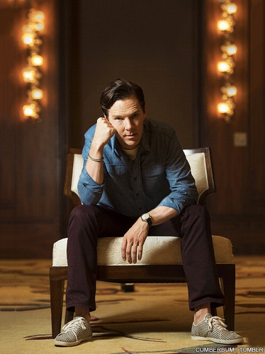 Benedict Cumberbatch wallpaper with a couch, a family room, and a living room entitled Benedict - TIFF 2013 Photoshoot