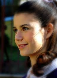 トルコの俳優・女優 壁紙 containing a portrait entitled Beren Saat