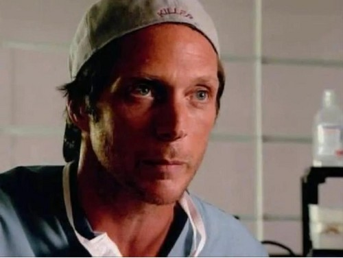 William Fichtner দেওয়ালপত্র probably with a portrait entitled Bill