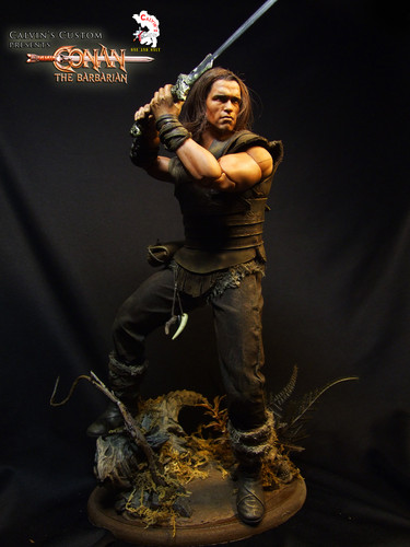 Arnold Schwarzenegger Hintergrund possibly with a konzert and a gatter, wicket titled Calvin's Custom One Sixth Conan the Barbarian figure