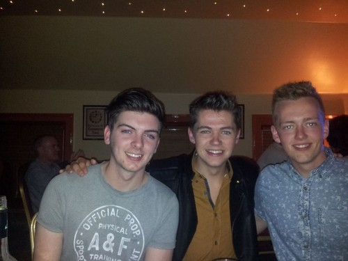 Damian McGinty wallpaper entitled Damian and his friends celebrating his 21st birthday!