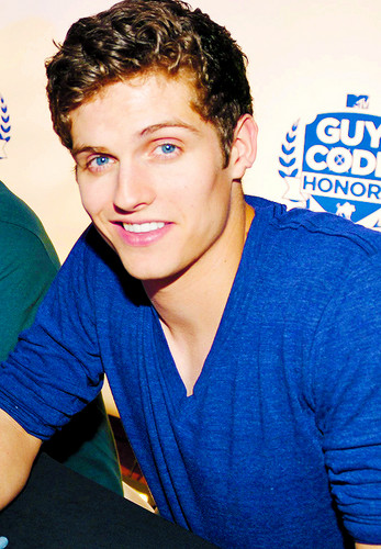 Daniel Sharman wallpaper titled Daniel Sharman ♥