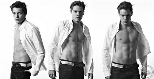 The Vampire Academy Blood Sisters Hintergrund titled Dominic Sherwood photoshoot