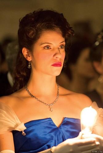 Dracula NBC fondo de pantalla possibly with a bridesmaid titled Mina