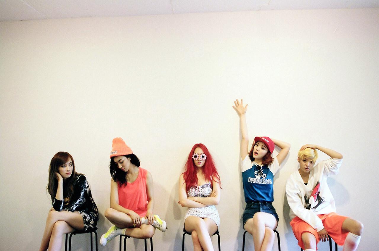Pink Tape - f(x) 에프엑스 Photo (35551750) - Fanpop F(x) Amber Pink Tape