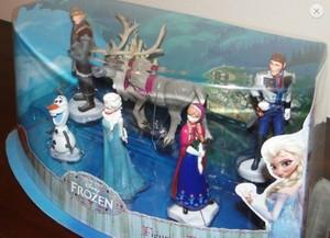 Frozen Disney Store Figure Playset