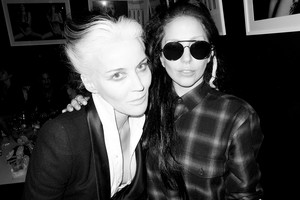 Gaga kwa Terry Richardson: Lady Gaga and Daphne Guiness #2