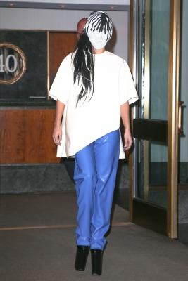 Gaga leaving her apartment in New York (September 7)