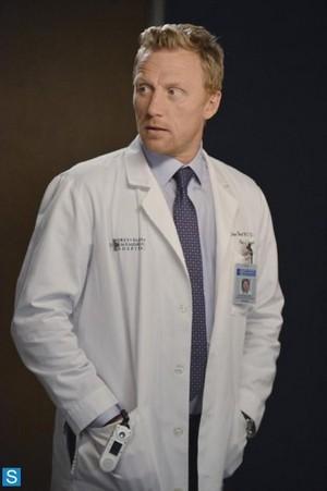 Grey's Anatomy - Episode 10.03 - Everybody's Crying Mercy - Larger Promotional 写真