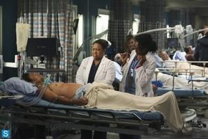 Grey's Anatomy - Season 10 Premiere - Promotional Fotos