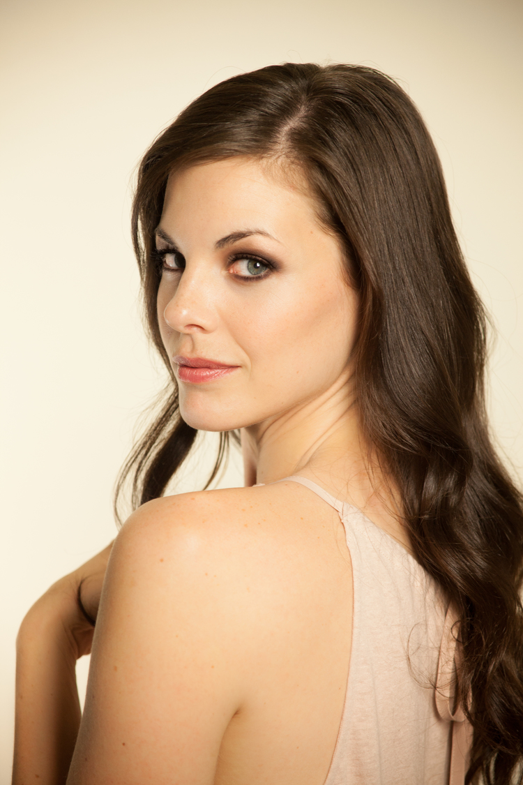 Haley Webb nude (39 photos), Tits, Fappening, Twitter, braless 2006