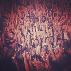 "In Brazil 2013: ""Two fingers in the air for the king MJ"""