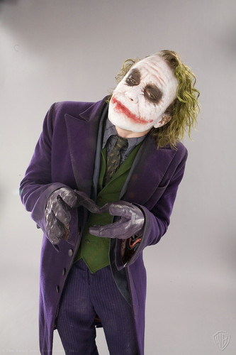The Joker kertas dinding possibly with a tabard and an outerwear called Joker - promo shoot for The Dark Knight