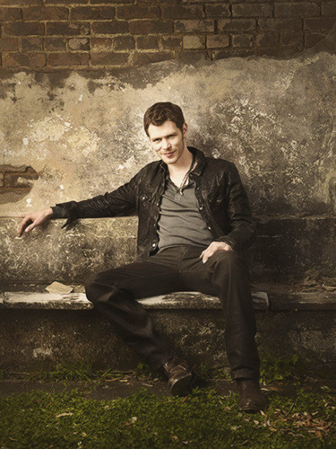 The Originals پیپر وال containing a business suit and a hip boot called Joseph مورگن - The Originals Season 1 Photoshoot