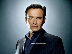Julian McMahon Wallpaper