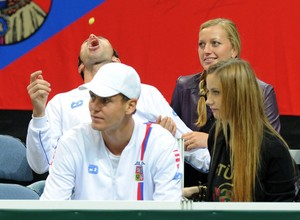Kvitova has an engagement ring by Stepanek ?