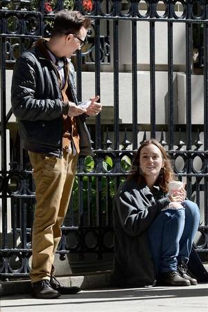 Leighton's new movie project:'LIKE SUNDAY, LIKE RAIN' / set fotografias