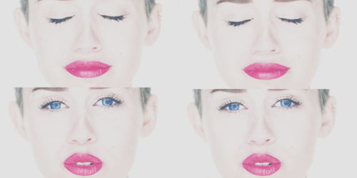 Miley Cyrus wallpaper called Miley Cyrus-Wrecking Ball