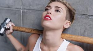 Miley cyrus-Wrecking Ball