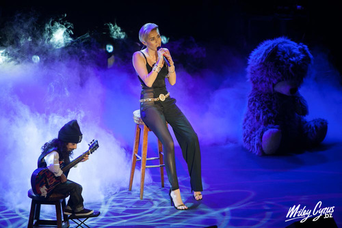 Miley performing at Sony Music Annual Showcase in London