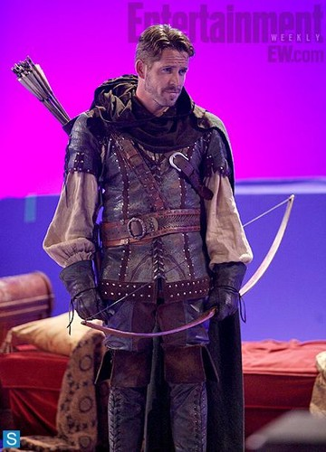 Once Upon A Time - Season 3 - First Look at Robin Hood - once-upon-a-time Photo