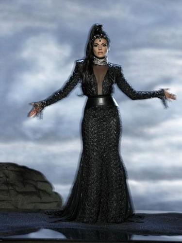 দুষ্টু রানী রেজিনা মিলস্ দেওয়ালপত্র entitled Regina Season 3 Promo