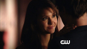 "Screencaps from Season 5 ""Impostor"" vista previa"