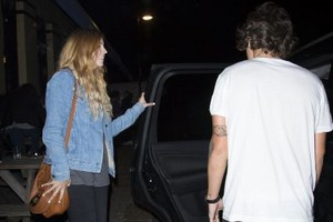 September 14th - Harry Styles out in Londres
