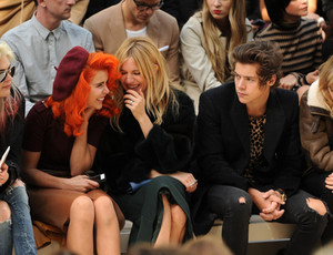 September 16th - Harry at барберри, burberry Fashion Показать in Лондон