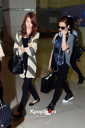 Sunny and Yoona Airport 130920