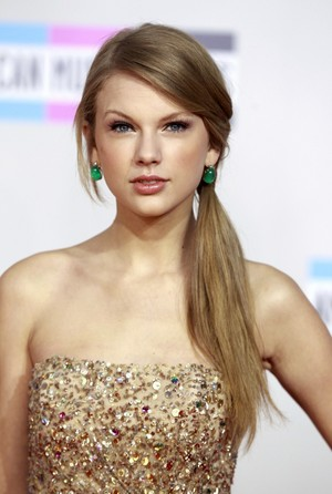 Taylor~Swift~