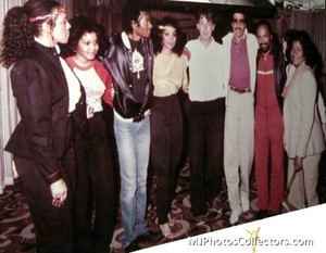 Michael With Family And 老友记