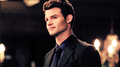 Elijah 바탕화면 containing a business suit titled The Originals: Elijah Mikaelson