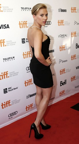 Scarlett Johansson wallpaper probably with a sign entitled Toronto International Film Festival