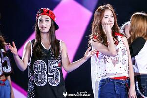 Yoona and Yuri 130901