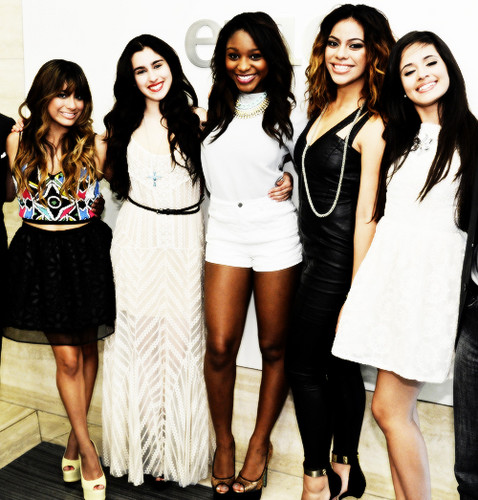 Fifth Harmony 壁纸 possibly containing bare legs, hosiery, and a hip boot titled fifth harmony. ♡
