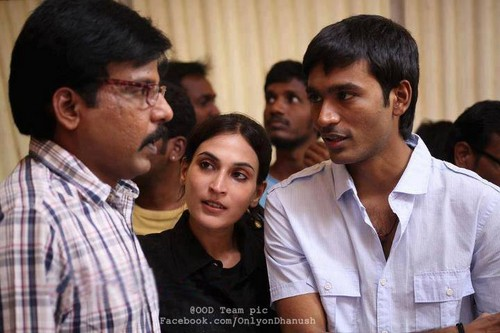 Dhanush Family Photos With Kids Dhanush images with hi...