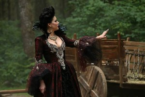 "**OUAT - Episde 3x02 ""Lost Girl""**"