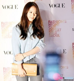 130927 f(Krystal) - Vogue Fashion Night Out