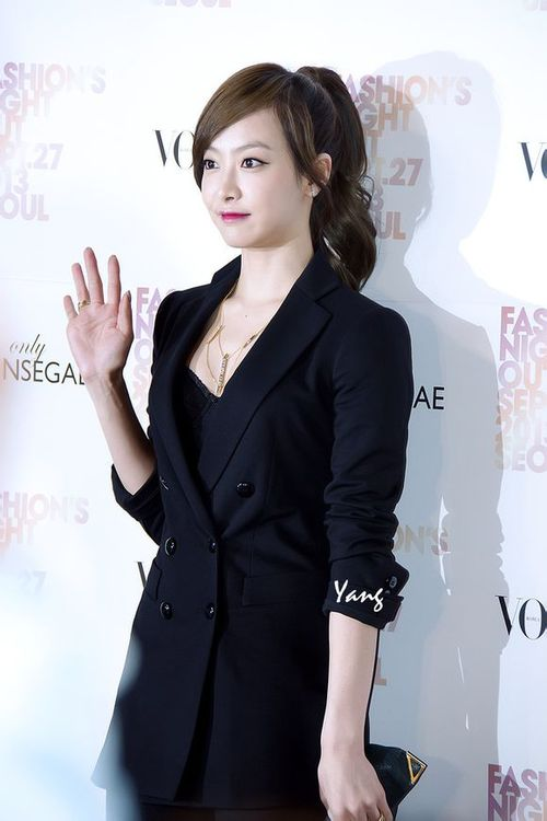 130927 f(Victoria) - Vogue Fashion Night Out - F(x) Photo ...
