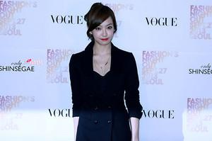 130927 f(Victoria) - Vogue Fashion Night Out